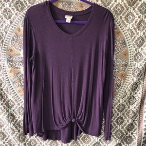Knotted front long sleeved top